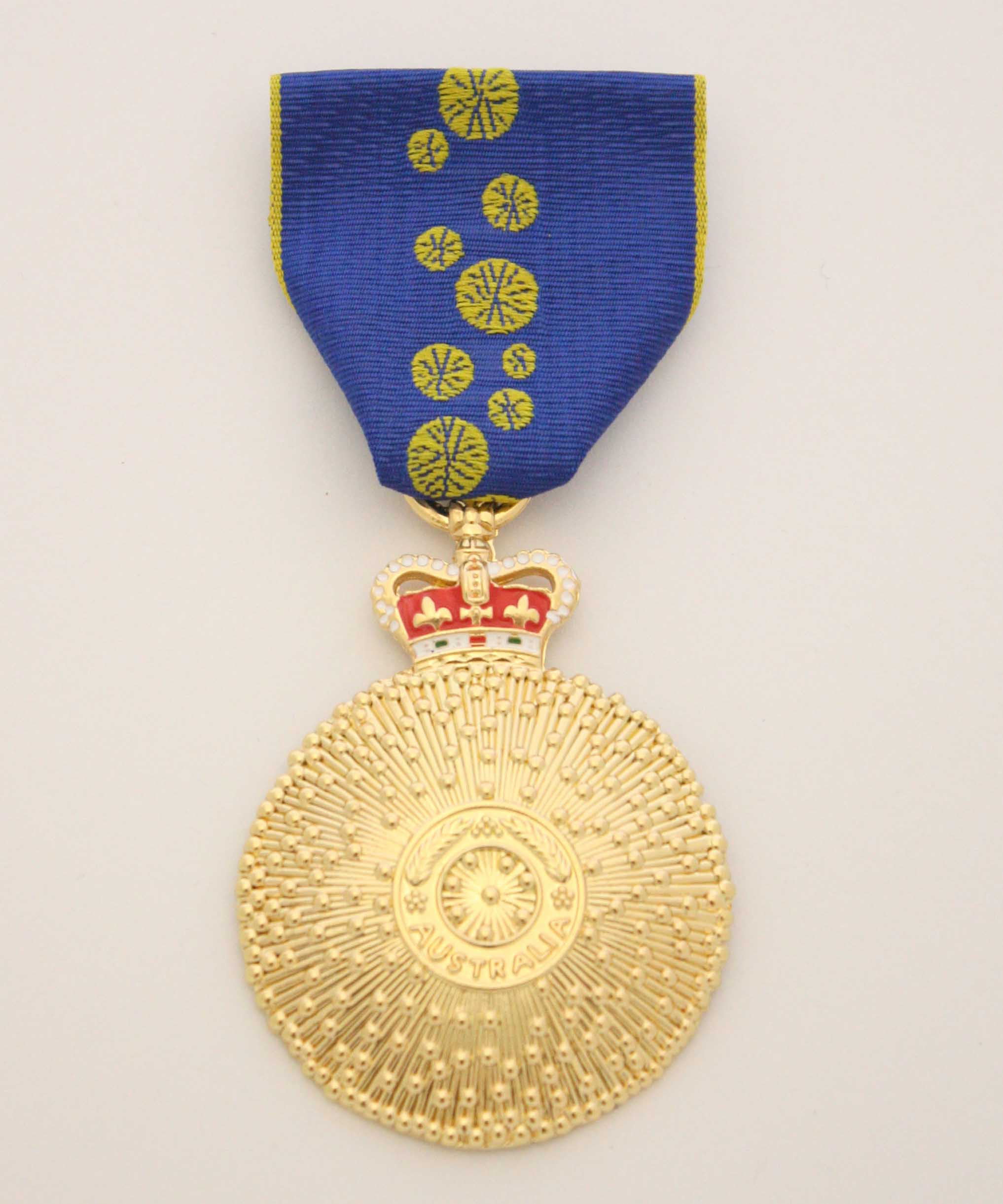 Order of Australia Medal_edited